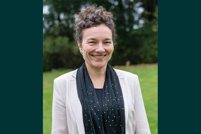 Dr. Karen Kruijthof