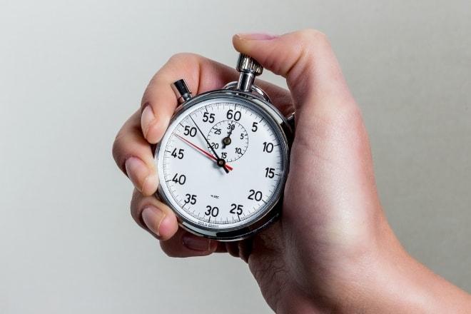 De politiek probeert al veertien jaar tevergeefs de minutenregistratie af te schaffen. Foto: AdobeStock
