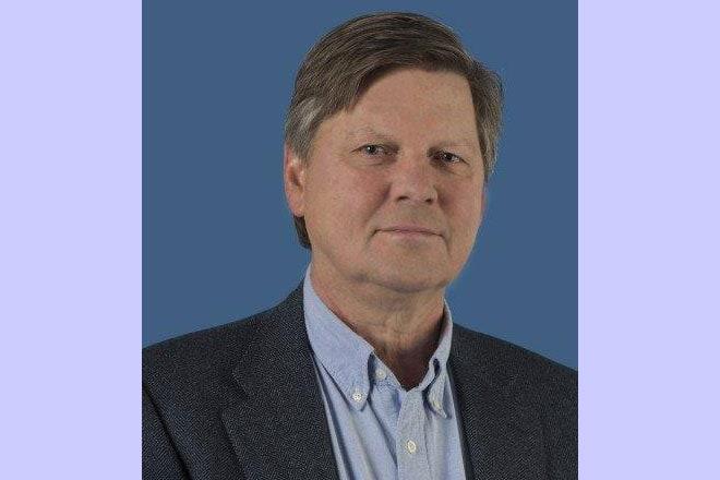 STZ-voorzitter Hans van der Schoot: 'Vanuit het oogpunt van kwaliteit is het onvermijdelijk dat de volumenormen voor veel operaties naar minimaal honderd' Foto: STZ