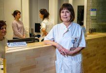 Dermatoloog Esther van Zuuren