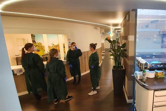 Medewerkers van Brabantzorg in Udens Duyn. Foto: Brabantzorg